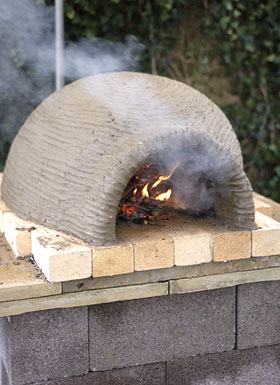 Building a clay oven
