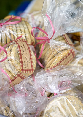 cookies in cellophane