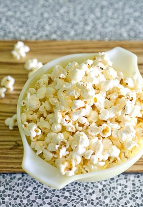 a bowlful of plain popped corn