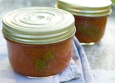 bottled tomato sauce