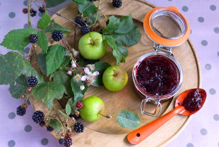 blackberry apple rose geranium jam